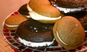 Of Whoopie Pies, Moon PIes, and Gobs....