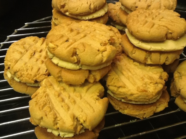 Have Yourself Anudder Sandwich Cookie--Peanut Butter